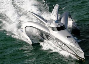 2008-03-10-trelleborg-industrial-avs-replaces-engine-mounts-on-round-the-world-trimaran